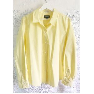 NWT Yellow Liz Claiborne Button-UP